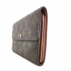 Louis Vuitton Bags - Louis Vuitton Monogram Sarah Long Wallet